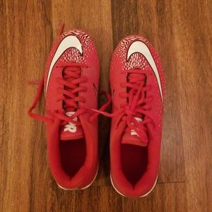 Size US 2Y Nike Cleats